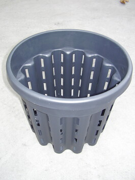 Side Slot Pots